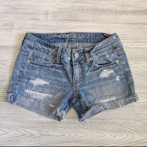 American Eagle Distressed Jean Shorts Size 00